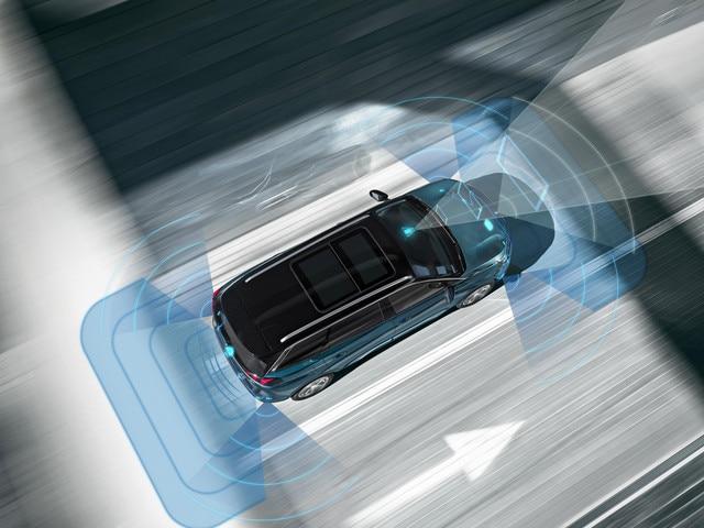 NOUVEAU SUV PEUGEOT 5008 sécurité